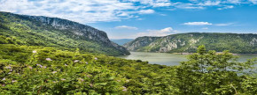 Kosher Cruises 2021-2022 Danube Luxury River Cruise